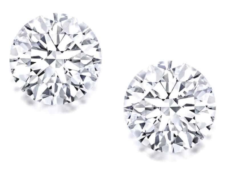 LOT 1686 - FINE PAIR OF UNMOUNTED DIAMONDS