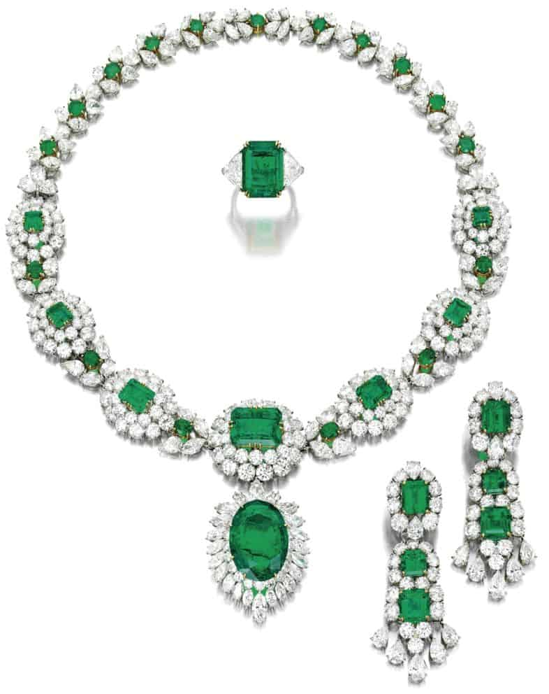 LOT 1862 - SPECTACULAR EMERALD AND DIAMOND PARURE, VAN CLEEF & ARPELS
