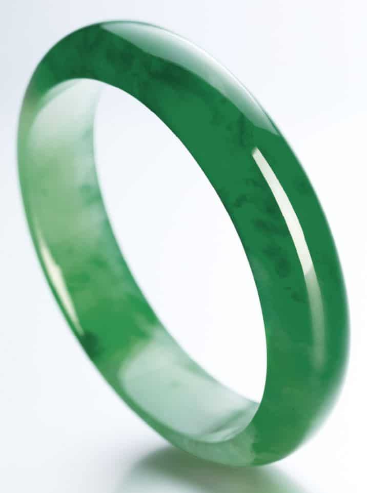 LOT 1839 - IMPORTANT JADEITE BANGLE