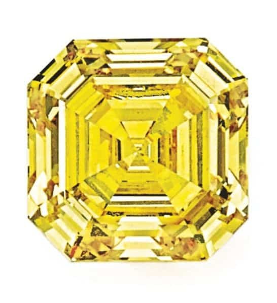 LOT 9208 - 8.31 CARAT FANCY VIVID YELLOW DIAMOND UNMOUNTED