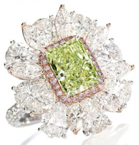 LOT 9192 - FANCY INTENSE YELLOW-GREEN DIAMOND AND DIAMOND RING