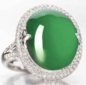 LOT 9141 - JADEITE AND DIAMOND RING