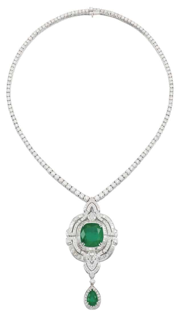 LOT 9056 - EMERALD AND DIAMOND PENDENT NECKLACE