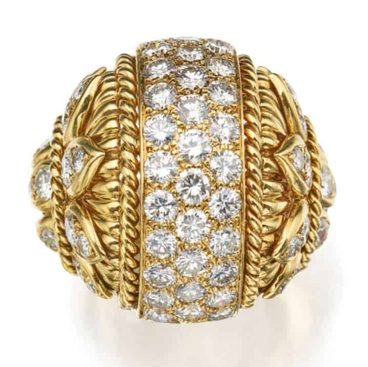 LOT 296 - GOLD AND DIAMOND RING, VAN CLEEF & ARPELS
