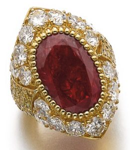LOT 895 – RUBY AND DIAMOND RING