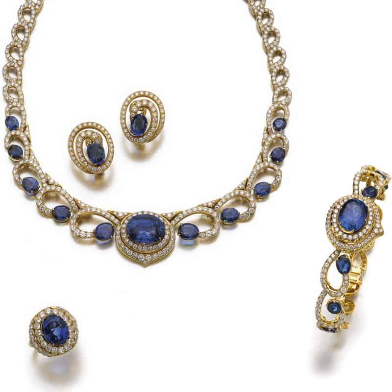 LOT 592 – SAPPHIRE AND DIAMOND PARURE
