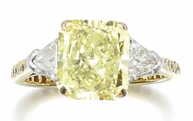 LOT 398 – FANCY YELLOW DIAMOND RING, GRAFF