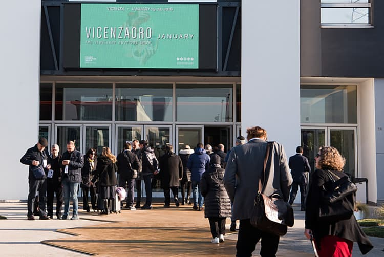 VISITORS TO THE VICENZAORO JANUARY 2018 JEWELRY SHOW