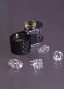 VARIOUSLY CUT DIAMONDS BY DIAMONDS ALROSA
