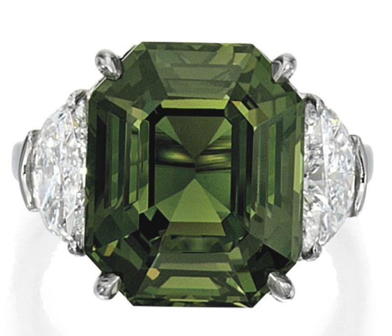 LOT 1590 - ALEXANDRITE AND DIAMOND RING - UNDER DAYLIGHT