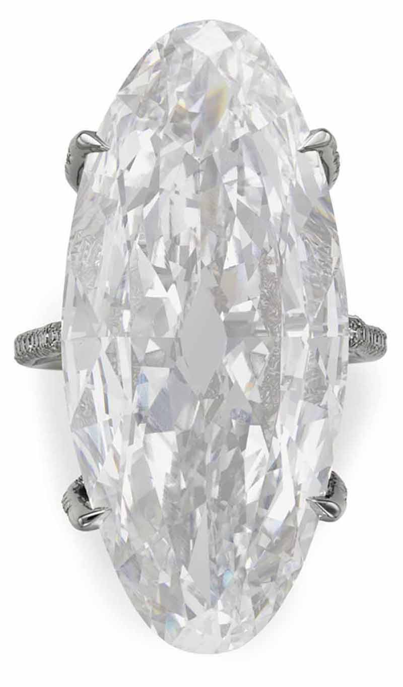LOT 211 - TOP VIEW OF THE MAGNIFICENT DIAMOND 'THREAD' RING, BY JAR