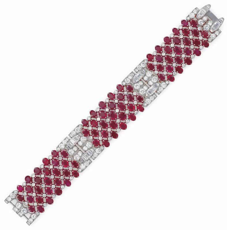 LOT 56 - AN ART DECO RUBY AND DIAMOND BRACELET, BY VAN CLEEF & ARPELS