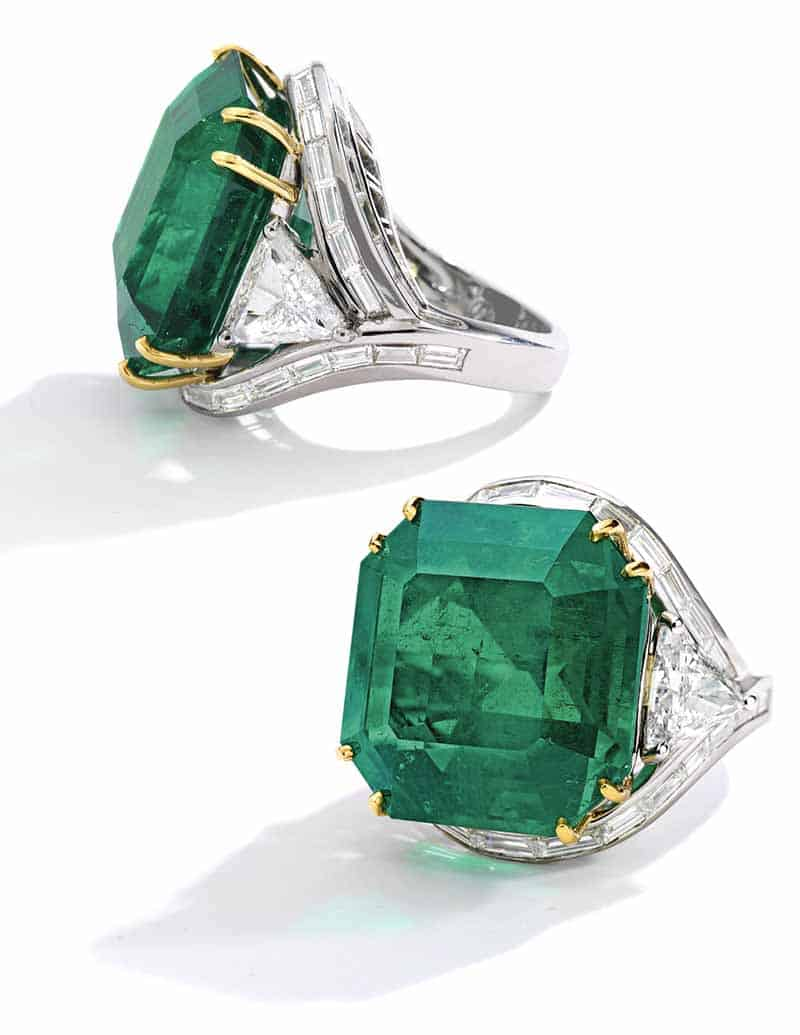 LOT 116 - SIDE VIEWS OF THE EMERALD AND DIAMOND RING