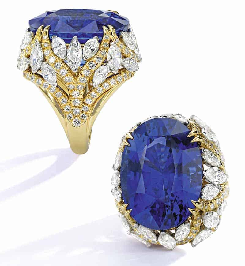 LOT 73 - SAPPHIRE AND DIAMOND RING, DAVID WEBB