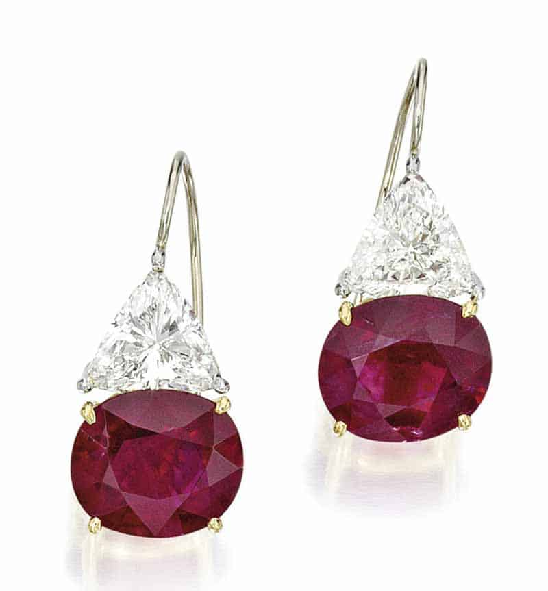 LOT 19 - PAIR OF RUBY AND DIAMOND EARRINGS