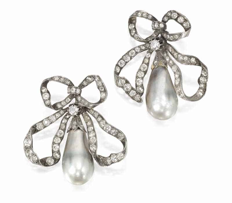 LOT 75 - PAIR OF NATURAL PEARL AND DIAMOND BROOCHES
