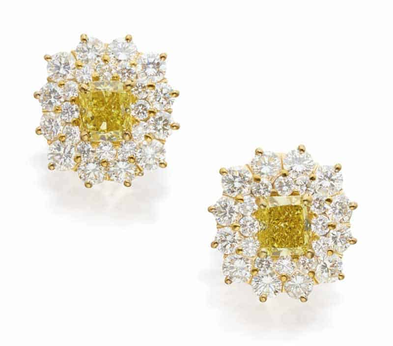 LOT 601 - PAIR OF FANCY VIVID YELLOW DIAMOND AND DIAMOND EARCLIPS