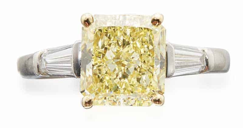 LOT 703 - FANCY YELLOW DIAMOND AND DIAMOND