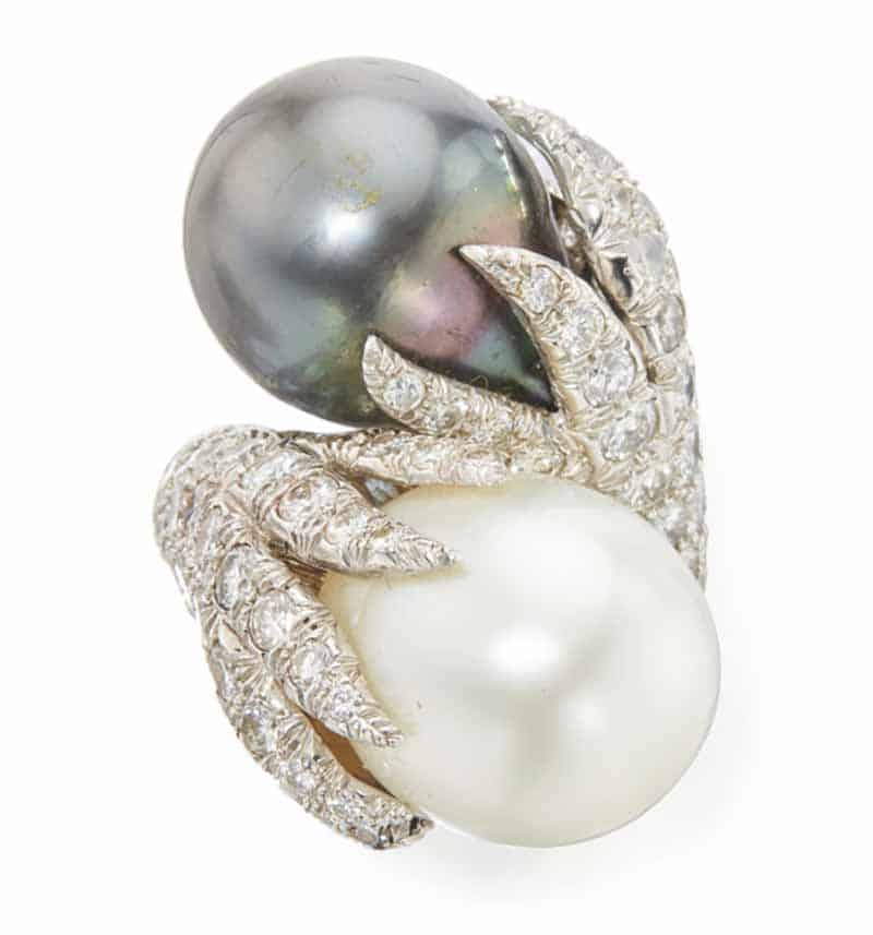 LOT 543 - CULTURED PEARL AND DIAMOND RING, DAVID WEBB