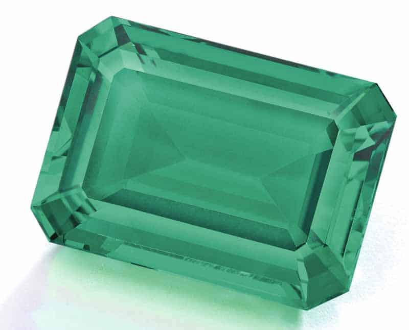 Lot 135 - AN EXCEPTIONAL EMERALD