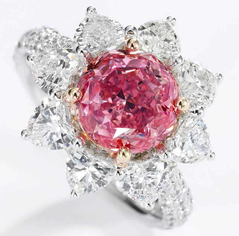LOT 374 – SUPERB FANCY VIVID PURPLISH PINK DIAMOND RING