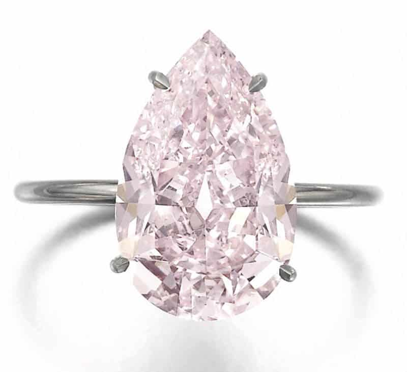 LOT 367 - FINE FANCY PURPLE-PINK DIAMOND RING