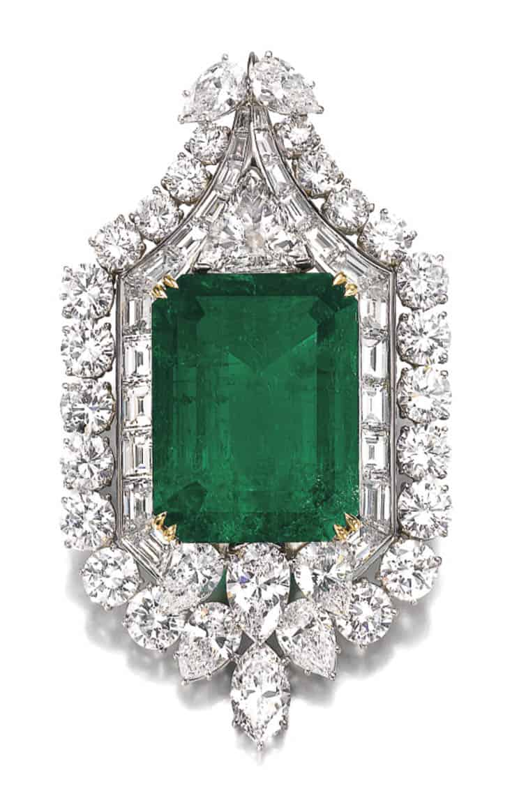 LOT 353 - IMPORTANT EMERALD AND DIAMOND PENDANT, HARRY WINSTON