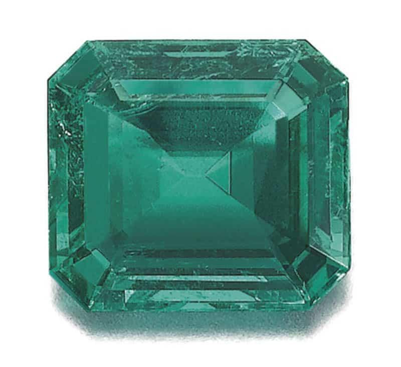 LOT 352 - FINE EMERALD AND DIAMOND RING