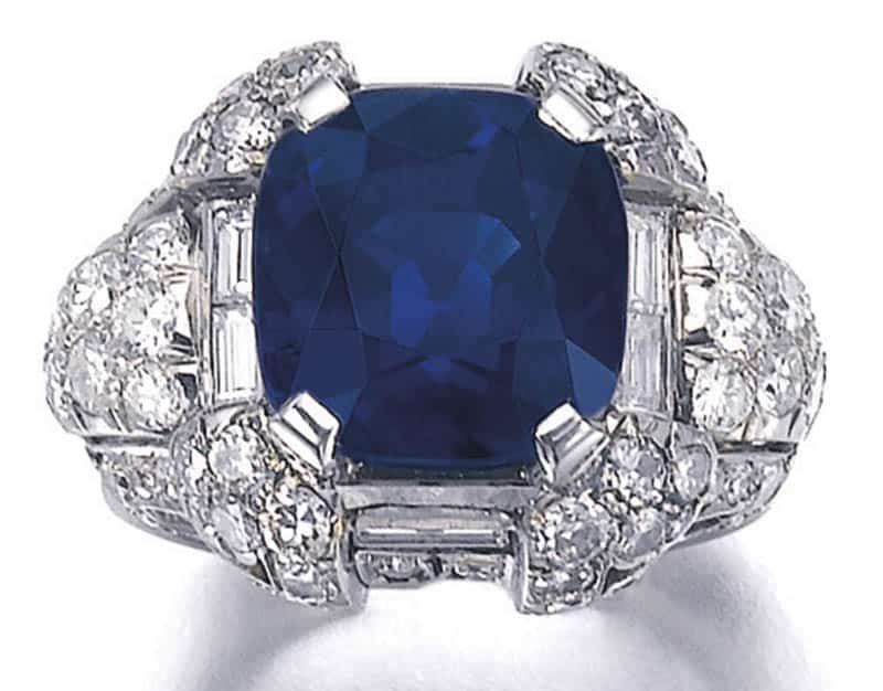 LOT 365 - TOP VIEW OF SUPERB SAPPHIRE AND DIAMOND RING, 1930S
