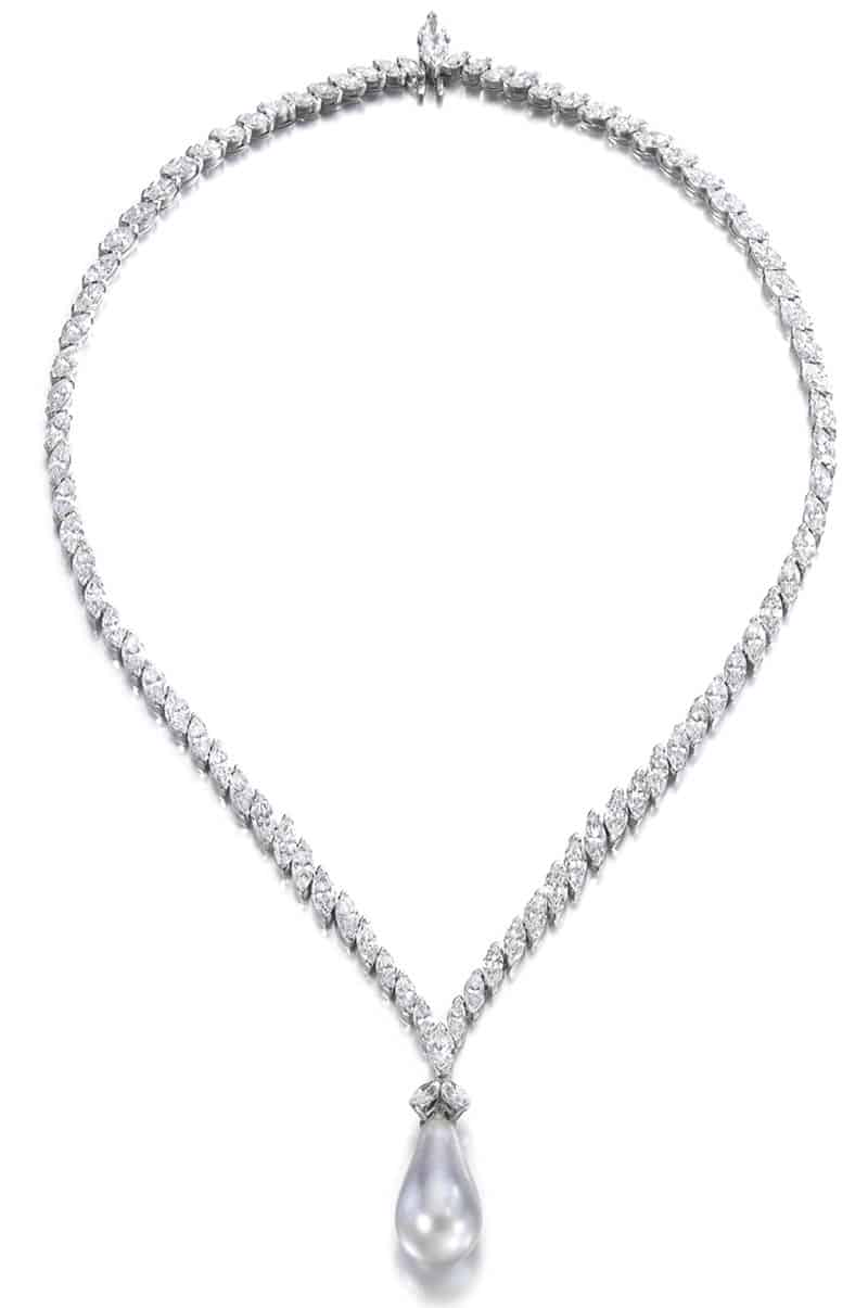 LOT 334 - FINE NATURAL PEARL AND DIAMOND NECKLACE