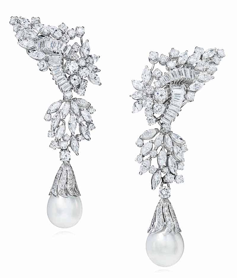 LOT 29 - DIAMOND AND CULTURED PEARL EARRINGS