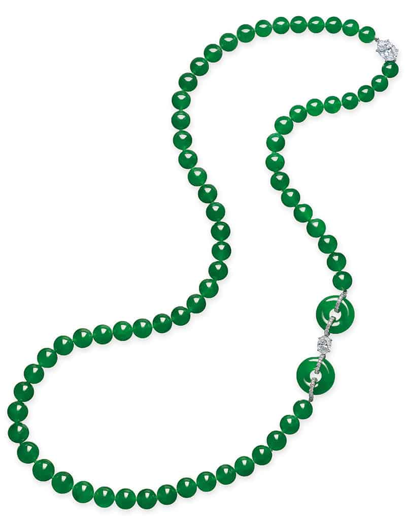 LOT 2075 - A JADEITE AND DIAMOND NECKLACE