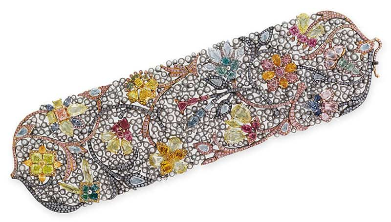 LOT – 2092 - AN EXCLUSIVE COLOURED DIAMOND, DIAMOND AND SEED PEARL BRACELET, BY EDMOND CHIN FOR THE HOUSE OF BOGHOSSIAN