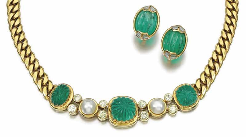 LOT 269 - EMERALD, DIAMOND AND CULTURED PEARL NECKLACE AND A PAIR OF EARRINGS, BULGARI