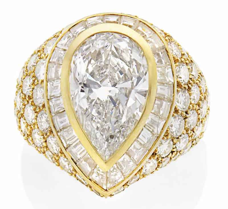 LOT 179 - DIAMOND RING, BY MAUBOUSSIN