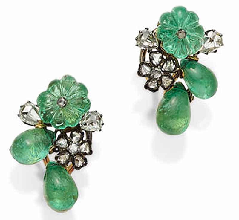 LOT 423 - A PAIR OF CARVED EMERALD, DIAMOND, SILVER AND 18K GOLD EARRINGS