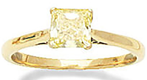 LOT 55 - A FANCY COLOURED DIAMOND RING, by Boodle & Dunthorne