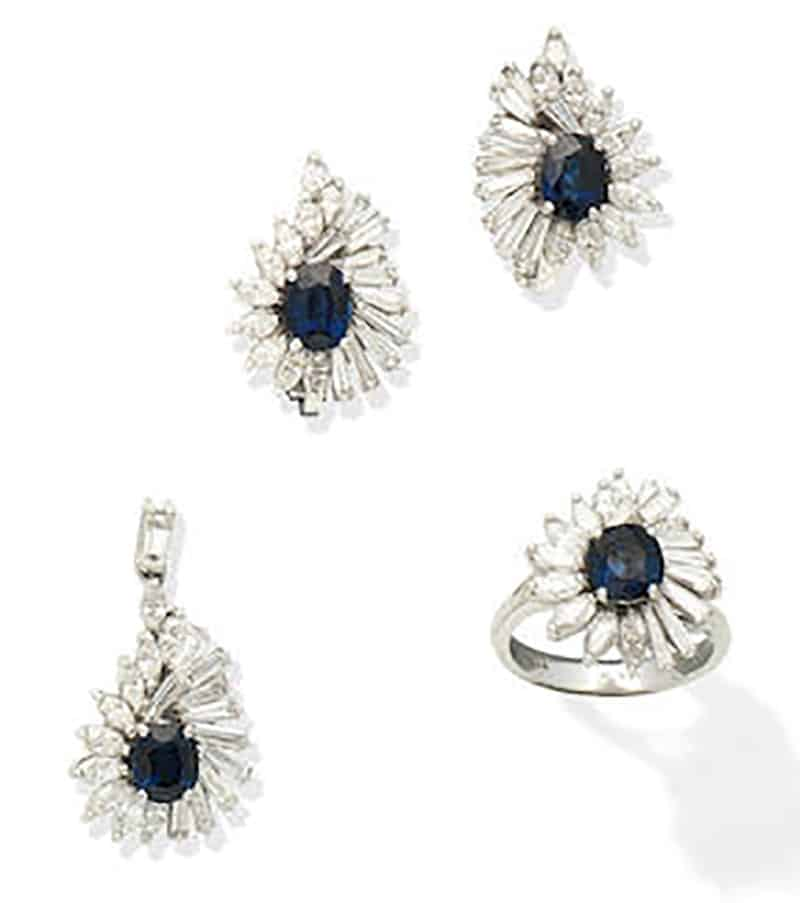 LOT 152 - A SAPPHIRE AND DIAMOND PENDANT, RING AND EARRING SUITE