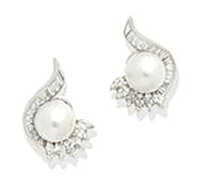 LOT 100 - A PAIR OF NATURAL FRESHWATER PEARL AND DIAMOND EARCLIPS, by Gübelin