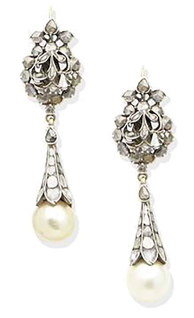 LOT 194 - A PAIR OF NATURAL PEARL AND DIAMOND PENDENT EARRINGS