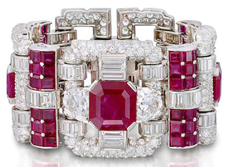 LOT 108 - AN ART DECO RUBY AND DIAMOND BRACELET, VAN CLEEF & ARPELS, CIRCA 1940