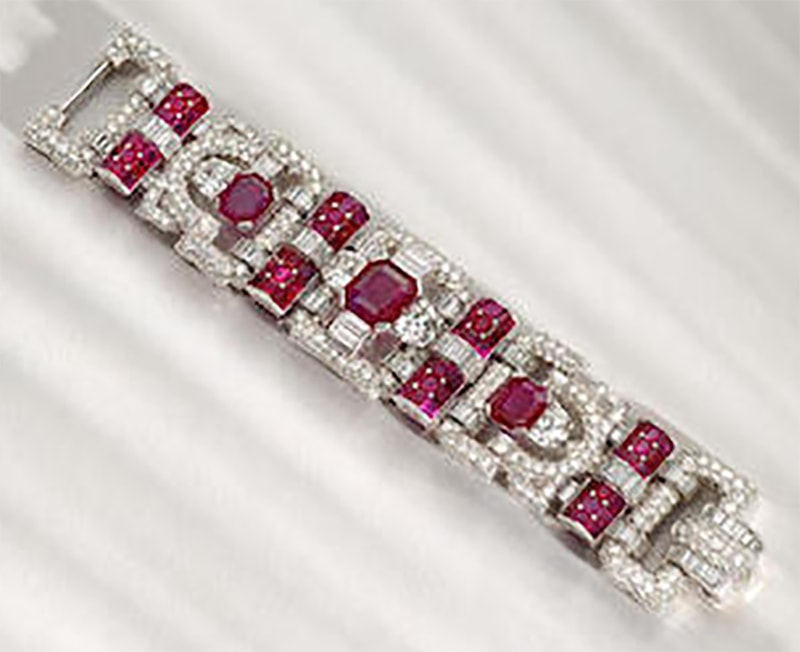 LOT 108 - THE ART DECO RUBY AND DIAMOND BRACELET, OPEN VIEW