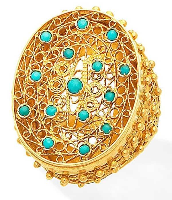 LOT 411 - TURQUOISE RING