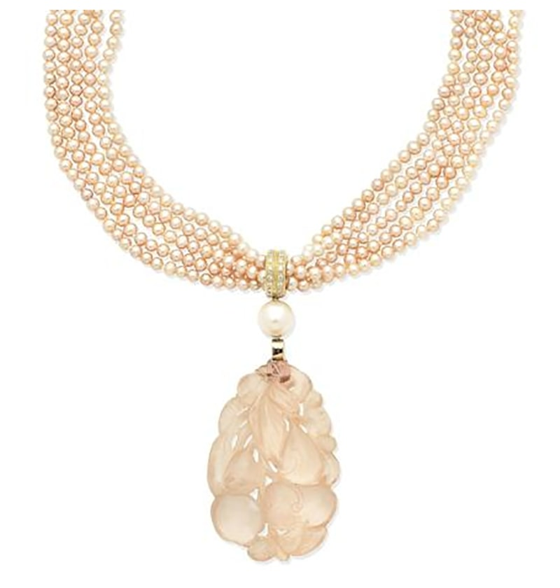 LOT 363 - A ROSE QUARTZ AND CULTURED PEARL MULTI-STRAND NECKLACE