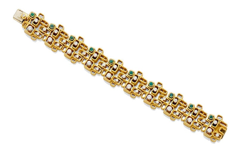 LOT 273 - AN EMERALD, DIAMOND AND GOLD BRACELET, Walter Schluep