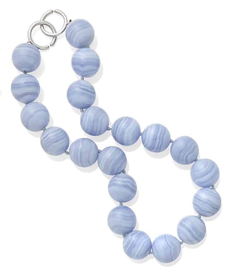 LOT 359 - A BLUE LACE AGATE BEAD AND 18K WHITE GOLD NECKLACE, Paloma Picasso for Tiffany & Co