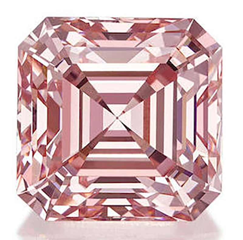 LOT 1390 - ANOTHER VIEW OF THE FINE FANCY PINK DIAMOND