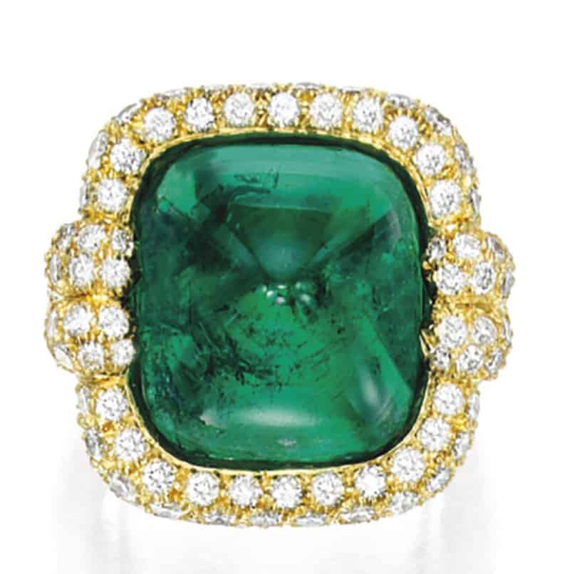 LOT-1712 - A FINE EMERALD AND DIAMOND RING