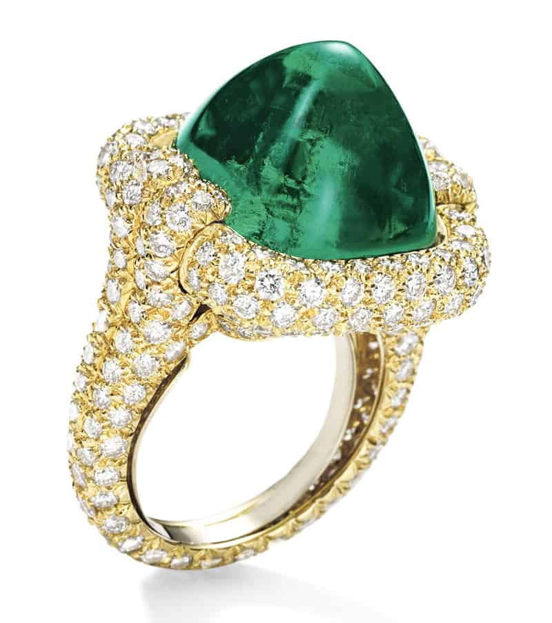 LOT 1712 - SIDE VIEW OF FINE EMERALD AND DIAMOND RING