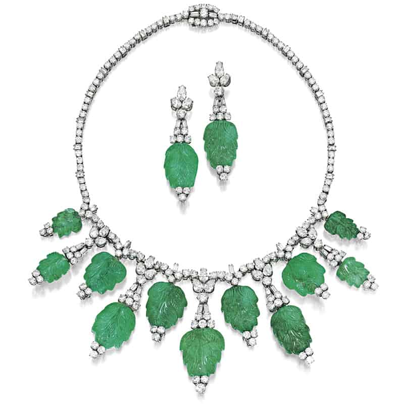 LOT 1756 - A RARE AND IMPORTANT EMERALD AND DIAMOND DEMI-PARURE, BULGARI, CIRCA 1960